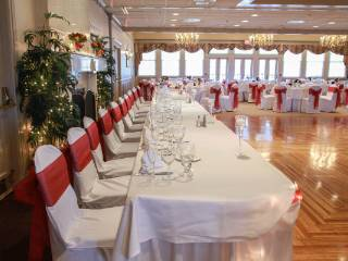 Decorated tales in a banquet hall